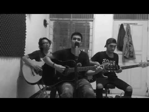 Oasis - Don't Look Back In Anger (Acoustic Live Cover) by Mueeza