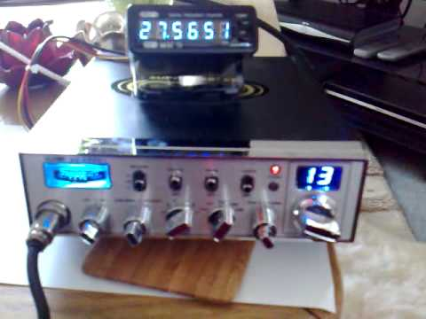 CB Radio: 26MR003(Me) to 26FB585(Mike)