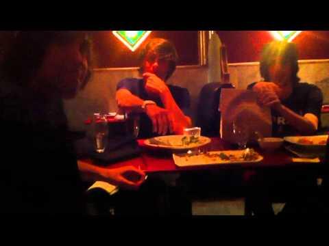 Awkward Youtube Gathering: The Vegan Restaurant