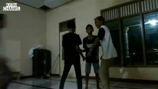 Video pendek:mantan!!