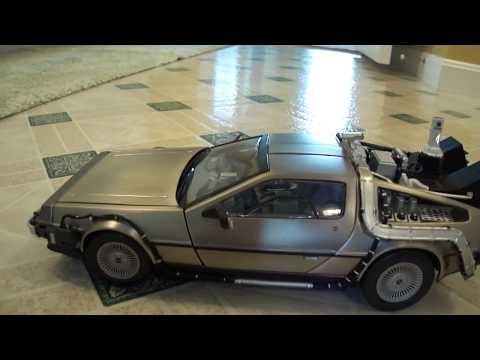 Back to the future Part II DeLorean by Sunstar