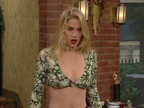 Christina Applegate 1993 Married with Children S07E17