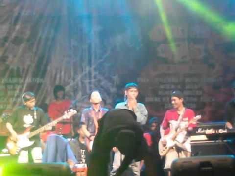 Jmbie Juan - Hanya mimpi (live at Pladen, Ciputat)