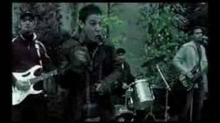 Cozombolis - A zenétől felforr a vérem