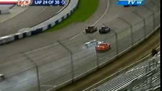 Three SCSA Pickups collide at Rockingham 2005