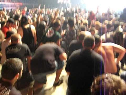 lamb of god wall of death - photo #41
