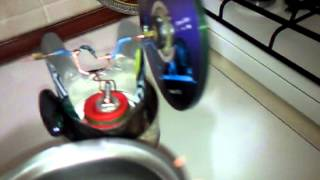 STİRLİNG MOTOR-simple stirling engine- (PROJECT 8) running a single candle.mp4