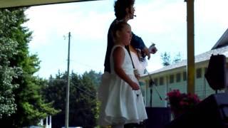 Charlotte Diamond - The Garden Song
