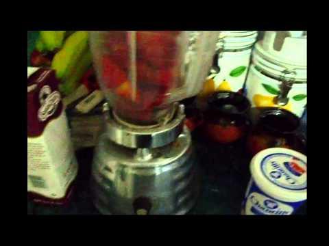 como hacer un helado de fresa cremoso