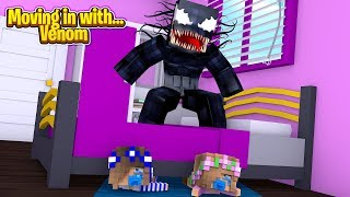 MOVING IN WITH...VENOM! w/Little Carly and Britney (Minecraft Roleplay).