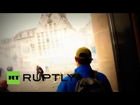 La Policía antidisturbios gasea a hinchas del Lille y el Everton en Francia