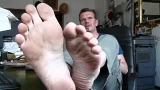 You have to lick my feet clean if you want the job / Leck mir die Füße, wenn du den Job haben willst