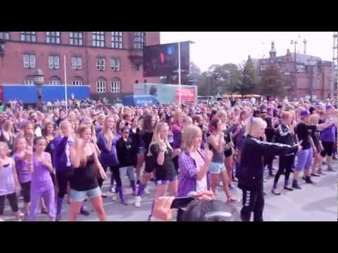 Justin Bieber Flash Mob - Copenhagen, Denmark August 6th 2011.
