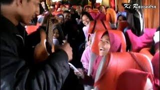Bikin Satu bus Tertawa Pengamen ini Ciptakan Lirik Lagu Lucu Bikin Ngakak