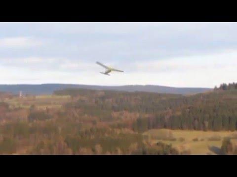 Rubber band airplane Bobík - flight and crash