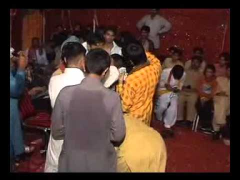 Wedding Mujra Nankana Sahib Shad Bhag Colony.flv