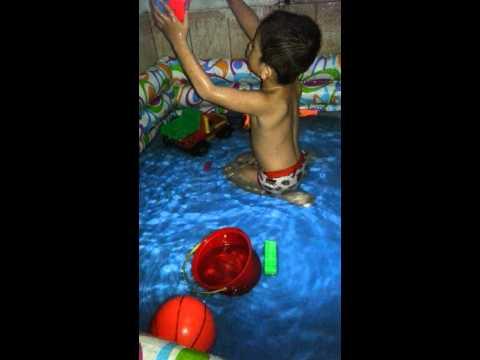 Swimming sa banyo