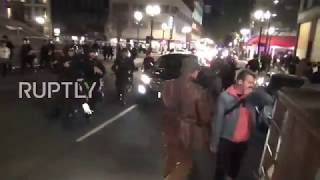 USA: Mass brawl between Patriot Prayer and Antifa breaks out during Portland rally