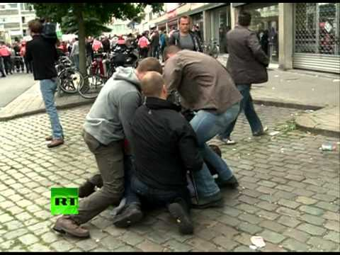 Video: Mass arrests at anti-US protest in Antwerp