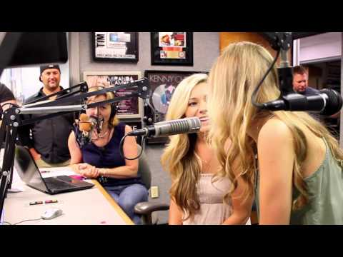 "Maddie & Tae ""On The Road"" - Episode 1"