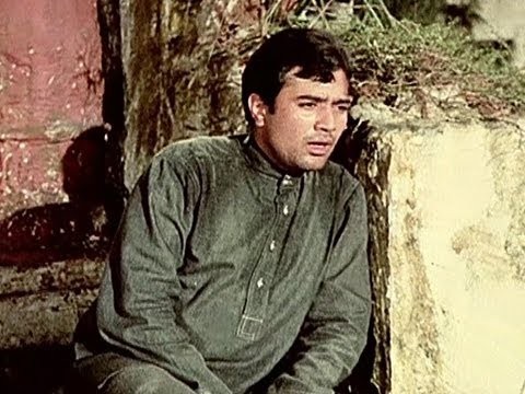 Nafrat Ki Duniya Ko Chhod Ke (full Song) - Haathi Mere Saathi video
