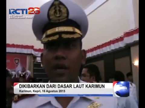 RCTI_SEPUTARKEPRI_TNI AL KARIMUN KIBARKAN BENDERA RAKSASA DI LAUT