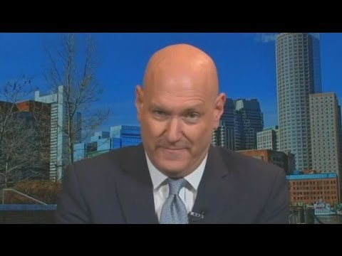 """Fox News ""Medical A-Team"" member Keith Ablow thinks smartphones may be even more dangerous to have in theaters than handguns. Ablow on Tuesday said a smartp..."