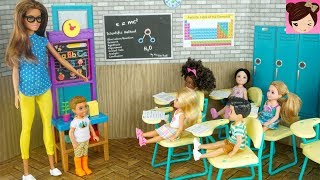 Barbie Chelsea Stands up for  The New Kid in Class - Barbie Teacher Classroom Playset