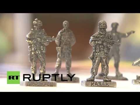 Russia: Mini militia - Ukraine conflict inspires toy soldier line