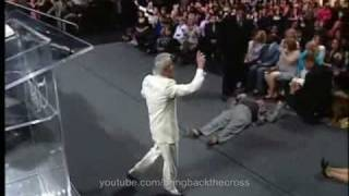 Benny Hinn - Strong Anointing in Oakland