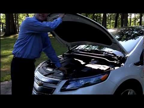 2011 Chevrolet Volt Review by Automotive Trends