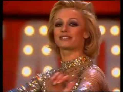 Raffaella Carrà - A Far L'amore Comincia Tu