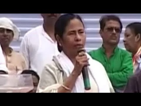 Will go it alone in West Bengal election, says Mamata Banerjee