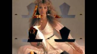 Watch Stevie Nicks Cry Wolf video