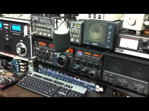 PY7ZY and WA2V at VE3NGW HAM RADIO  YAESU FTDX-9000