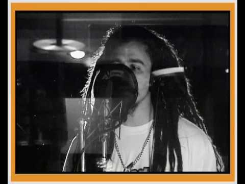 Dread Mar-I Video Clip Promesas.