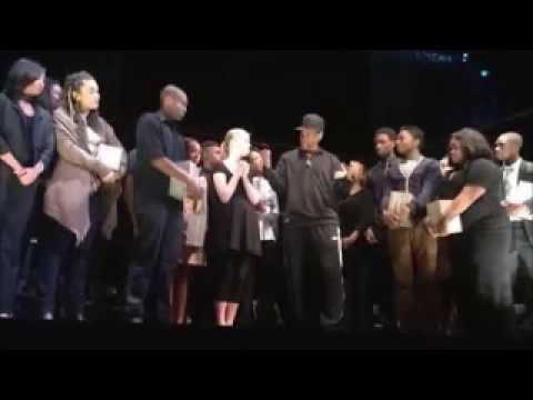 Denzel Washington gives motivational speech