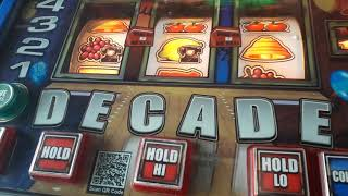 deal or no deal decade fruit machine -  features at the gamecube bristol 2018 uk arcades