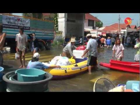 Burmese Workers Helpless in Bangkok Flood