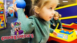 Chuck E. Cheese EXTREME PLAY TIME!