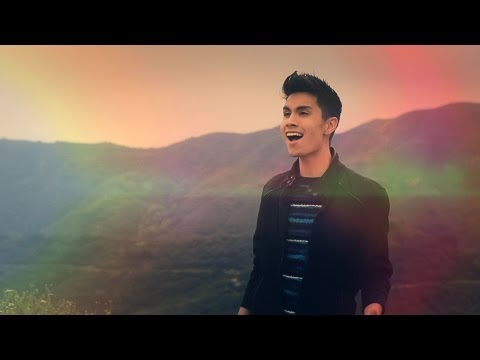clarity - Zedd (sam Tsui & Kurt Schneider Cover) video