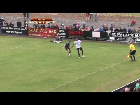 MEGS! BOBBY ZAMORA AMAZING NUTMEG AGAINST ATHLONE TOWN