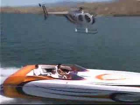 Fast boat & Helicopter racing!!! by  Fernando Escovar