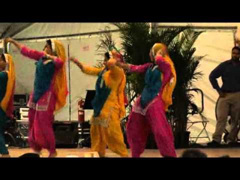 BhangraGiddha Dance Sikh and Punjabi American Dancers