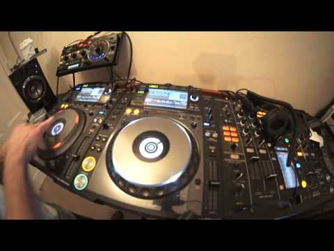 Dj Lesson On Mixing Progressive House Music.  Tunes By C K. Back From Subbass Ep video