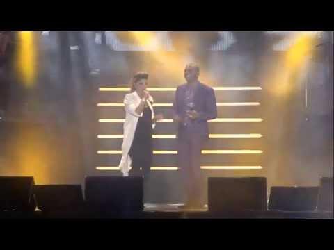 שרית חדד ואייל גולן - מנגנת את חיי - מתוך המופע פעם בחיים