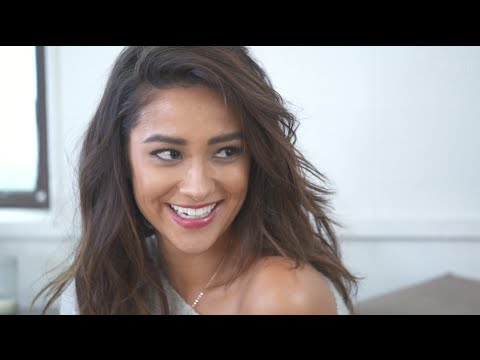 Shay Mitchell Talks Lesbian Research, Freaky Fan Tattoos, and the Key to Looking Like a Celebrity