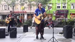 Download Lagu zapin melayu yg menyentuh kalbu dari sentuhan buskers Gratis STAFABAND