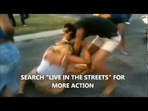 Girl Gang Fight In The Hood video