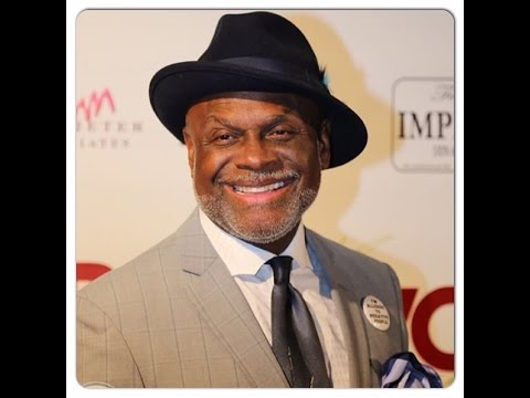 MICHAEL COLYAR: REMEMBERING BERNIE MAC, MICHELLE OBAMA, NEW WIFE, MARRIAGE RULES(PT. 2)